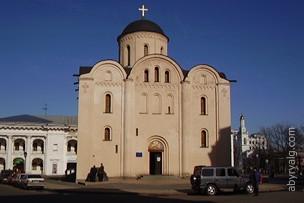Церковь Богородицы Пирогощи - Киев